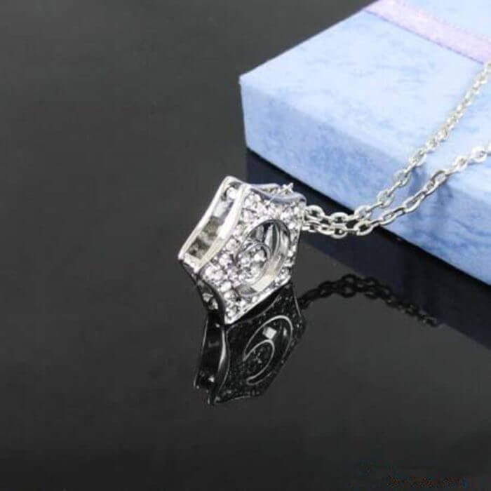 Free Shipping Kpop Boys over flowers Necklace Crystal Star Pendant Choker Necklaces For Women Jewelry Collares B081 2