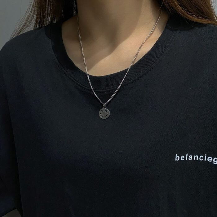 Smiley Face Necklace Women Chain Figure High Quality Pendant Necklaces Girl Jewelry Silver Color Trendy Kpop Zinc Alloy Collares 3