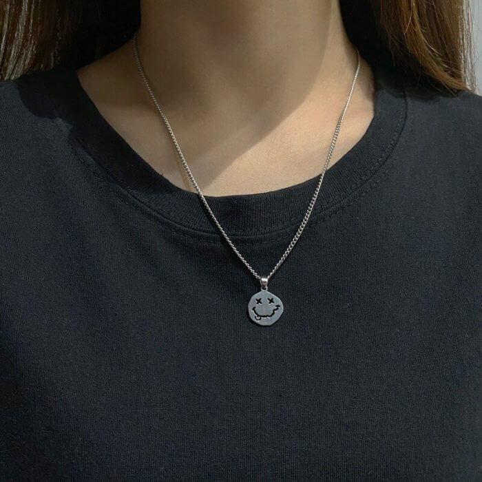 Smiley Face Necklace Women Chain Figure High Quality Pendant Necklaces Girl Jewelry Silver Color Trendy Kpop Zinc Alloy Collares 2